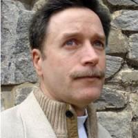 Trilogia de Michael J. Sullivan é publicada pela Record