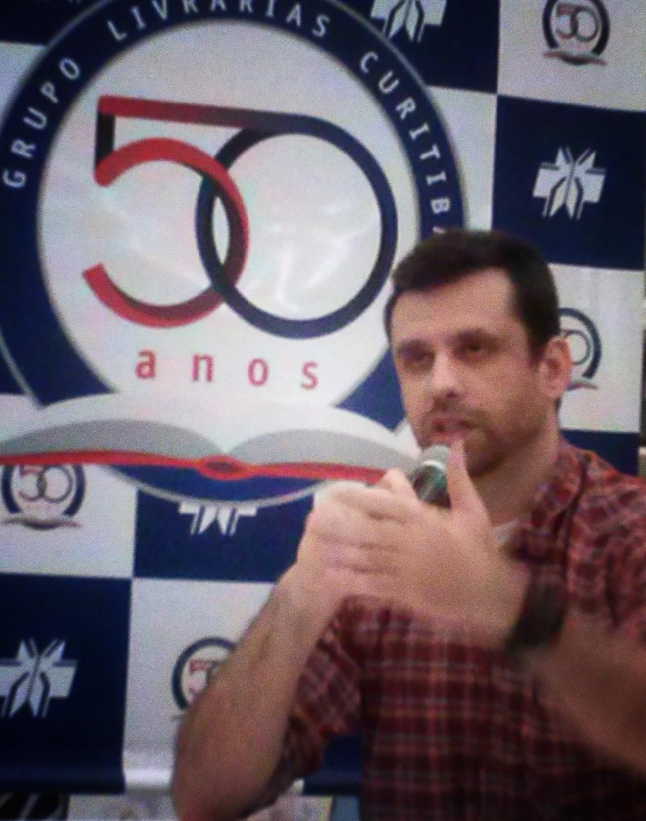 Sessão autógrafos: Eduardo Spohr – Londrina